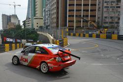 Tom Chilton, Chevrolet Cruze 1.6 T, RML