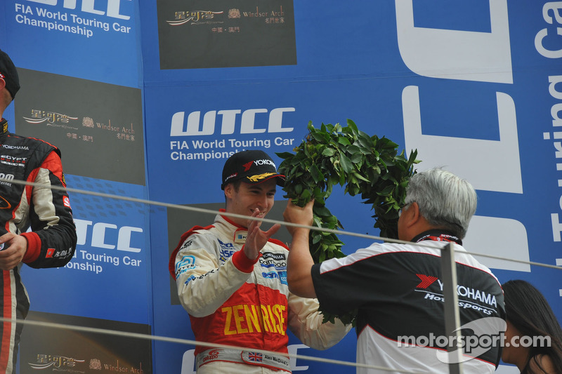 Yvan Muller, Chevrolet Cruze 1.6T, RML, Tiago Monteiro, Honda Civic Super 2000 TC