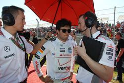 Sergio Pérez, McLaren en la parrilla