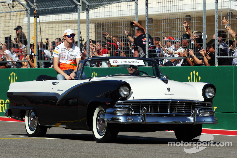 Paul di Resta, Sahara Force India F1 on the drivers parade