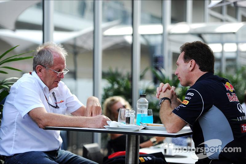 (L naar R): Dr Helmut Marko, Red Bull Motorsport Consultant met Christian Horner, Teambaas Red Bull Racing