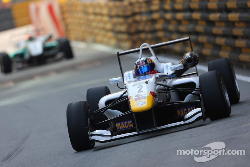 2013: Dallara F312 (GP de Macao)