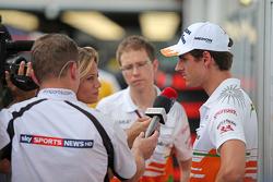 Adrian Sutil, Sahara Force India F1, com a imprensa