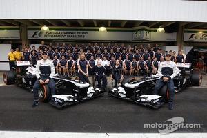 (L to R): Pastor Maldonado, Williams; Susie Wolff, Williams Development Driver; Frank Williams, Williams Team Owner; Claire Williams, Williams Deputy Team Principal; and Valtteri Bottas, Williams FW35, in a team photograph