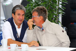 (Soldan-Sağa): Pasquale Lattuneddu, FOM ve Eddie Jordan, BBC TV sunucusu