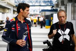 (Izq. A Der.): Mark Webber, de Red Bull Racing con Mark Thompson, fotógrafo de Getty Images