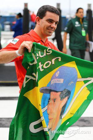 Um ventilador de Ayrton Senna
