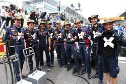 Mark Webber, Red Bull Racing car crew