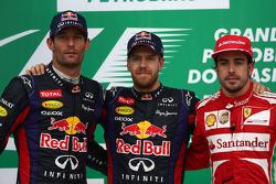 Podio: ganador de la carrera Sebastian Vettel, Red Bull Racing, segundo lugar Mark Webber Red Bull R