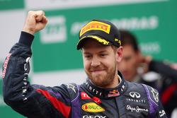 Ganador, Sebastian Vettel, Red Bull Racing celebra