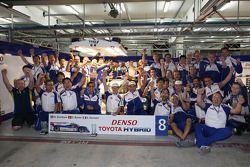 Toyota Racing viert de zege