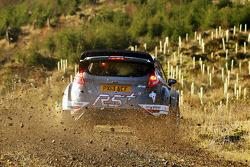 Matthew Wilson y Chris Patterson test the Ford Fiesta R5+