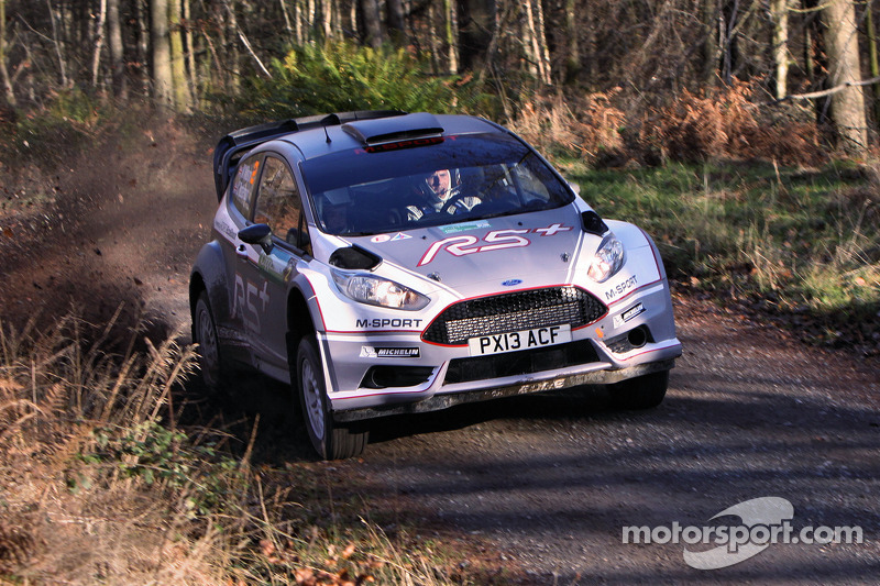 Matthew Wilson y Chris Patterson test the Ford Fiesta R5+