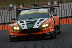 #50 Arnage Racing Aston Martin V12 Vantage GT3: Masaki Kano, Hideto Yasuoka