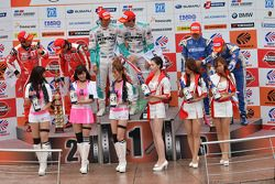 GT500 Winnaars Kazuki Nakajima, James Rossiter
