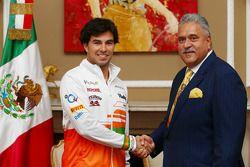 Sergio Perez en Vijay Mallya