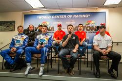 Conférence de presse : Chip Ganassi, Jamie Allison from Ford Racing, Tony Kanaan, Kyle Larson, Marin