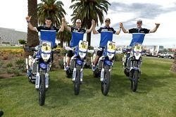 Yamaha sürücüleri Olivier Pain, Michael Metge, Cyril Despres, Frans Verhoeven