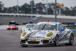 #22 Alex Job Racing 保时捷 911 GT America: 库珀·麦克尼尔, 莱·基恩, 路易斯-菲利普·迪穆兰, 肖恩·范吉斯伯根