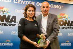 Tequila Patron persconferentie: Stephanie Rivera van Tequila Patron en Scott Atherton, IMSA-presiden