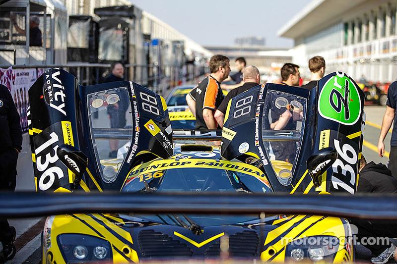 #136 Gravity Racing International 莫斯勒 MT 900 GT3: Vincent Radermecker, 和y Ruhan, Loris de Sordi, 吉拉尔