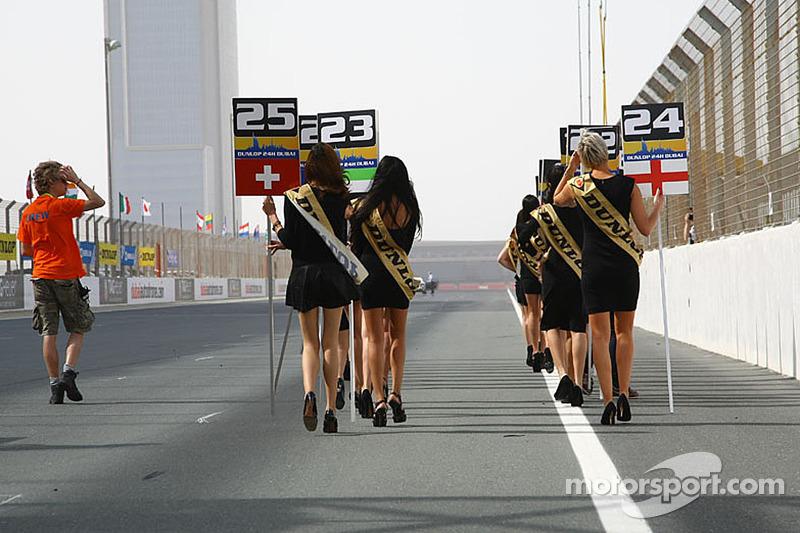 Le ragazze belle Dunlop Dubai