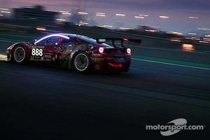 #888 Dragon Racing Ferrari 458 Italia GT3: Rob Barff, Dan Norris-Jones, Stuart Hall, Bassam Kronfli