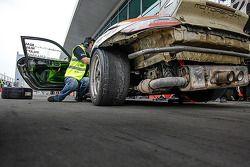 #96 Motorsport Services 保时捷 997 Cup: 马尔科姆·尼尔