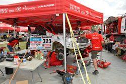 #323 Toyota: Leeroy Poulter, Robert Howie