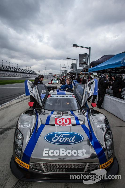 #60 Michael Shank Racing, com Curb/Agajanian Riley DP Ford EcoBoost: John Pew, Oswaldo Negri, A.J. A