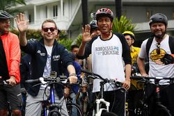 Jorge Lorenzo, Yamaha Factory Racing rides a bicycle with fans