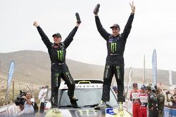 汽车组冠军纳尼·罗马与米歇尔·佩林