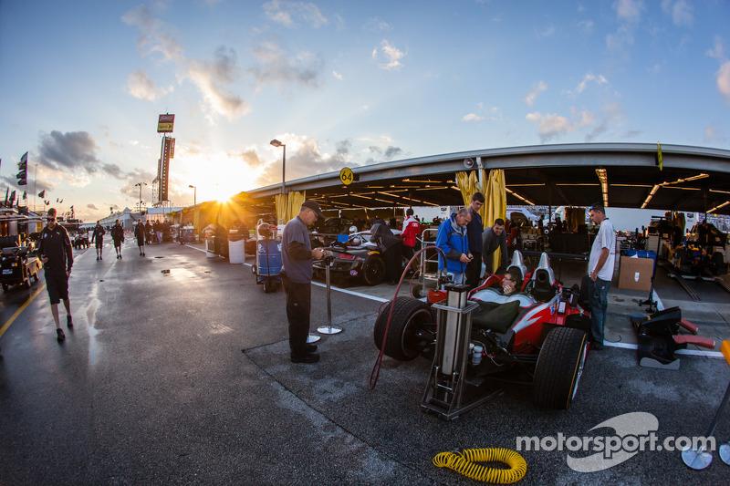 #38 Performance Tech Motorsports ORECA FLM09 Chevrolet