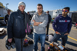 Olivier Pla, Roman Rusinov e Gustavo Yacaman