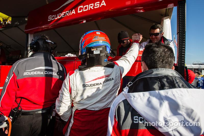 Toni Vilander fête sa pole position