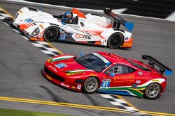 #51 Spirit of Race 法拉利 458 Italia: 马特·格里芬 , 马尔科·乔奇, 米歇尔·鲁格罗, 杰克·耶贝尔 和 #54 CORE autosport ORECA FLM09