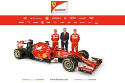 Ferrari F14 T ve pilotları Fernando Alonso ve Kimi Raikkonen ve Stefano Domenicali