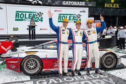 Victory Lane : Christian Fittipaldi, Joao Barbosa et Sébastien Bourdais