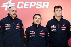 Franz Tost, Luca Furbatto et James Key lors de la présentation de la Toro Rosso