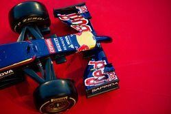Aileron avant de la Toro Rosso STR9
