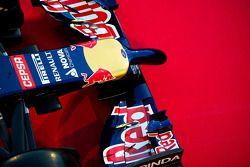 De Scuderia Toro Rosso STR9 neus en voorvleugel