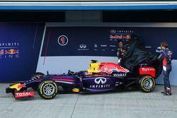 Sebastian Vettel y Daniel Ricciardo revelación del Red Bull Racing RB10
