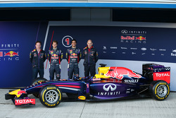 Christian Horner, Red Bull Racing Team Principal, Sebastian Vettel, Red Bull Racing, Daniel Ricciard