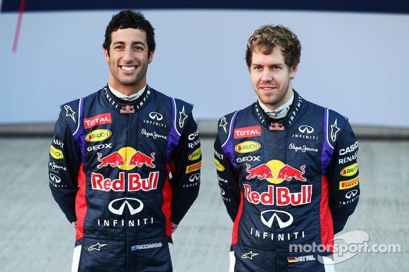 Sebastian Vettel et Daniel Ricciardo dévoilent la Red Bull RB10