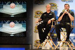 Gene Haas en Tony Stewart