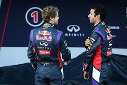 Sebastian Vettel, Red Bull Racing con Daniel Ricciardo, Red Bull Racing en la presentación de la Red