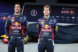 (L to R): Daniel Ricciardo, Red Bull Racing and team mate Sebastian Vettel, Red Bull Racing at the unveiling of the Red Bull Racing RB10