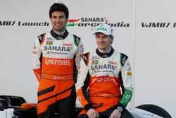 Sergio Pérez, Sahara Force India F1 y Nico Hulkenberg, Sahara Force India F1 en el lanzamiento dl nu