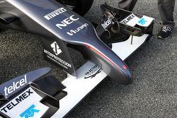 Aleron delantero y ojiva del Sauber C33