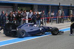 Valtteri Bottas, Williams FW36 en los pits